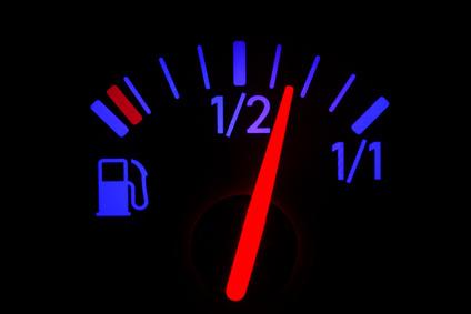 Teures Vergnügen für Autofahrer? So sparen Sie Geld und Sprit