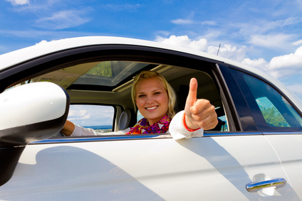 Der Artikel prüft die Rentabilität von Neuwagen.